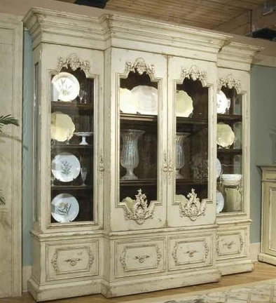 Habersham Biltmore Vanderbilt Grand Display Cabinet
