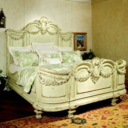 Habersham Florentina Bed with Garland