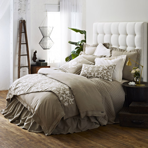 Lili Alessandra Louie Throw in Flax/White Linen