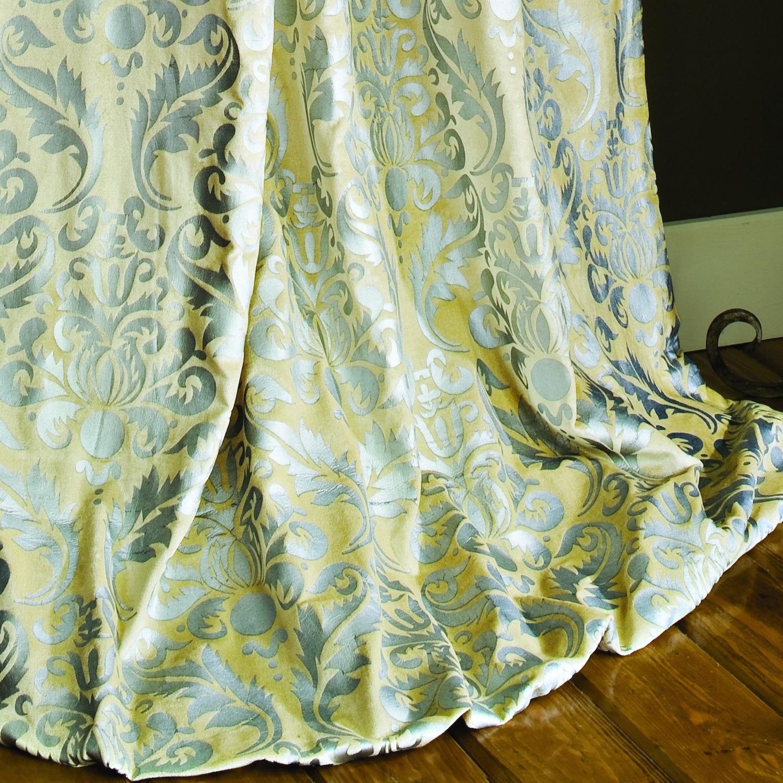 Versailles Drapery Ivory Velvet Silver